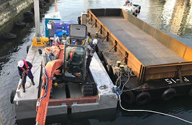0.25立方メートルバックホウ台船